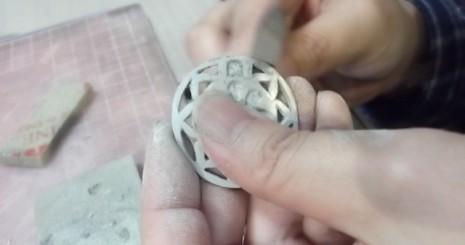 銀粘土認定資格のためのブローチ制作