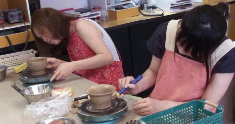 友達と陶芸体験